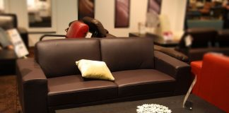 Down-Stuffed-Upholstery-on-CoreinFluencer