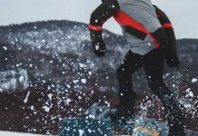 Getting-Snowboard-Lessons-on-CoreInfluencer