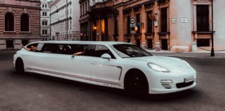 Tips-To-Choose-the-Best-One-from-Sedan,-Bus,-&-Limo-on-coreinfluencer
